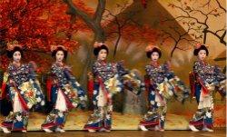 负利率和女性 究竟哪个能拯救日本经济?