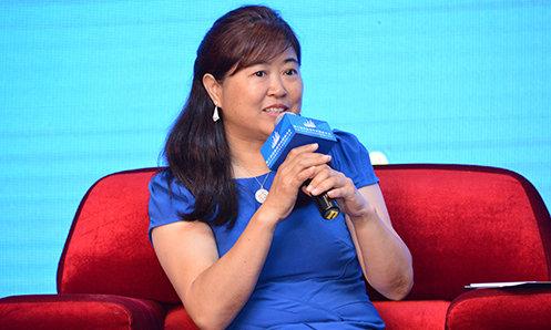 中国城市镇运营商大会发起人、地产中国网总编谢红玲