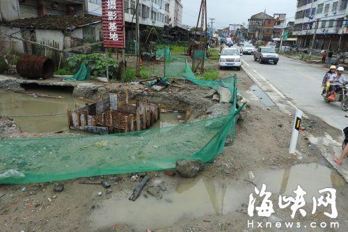 临时引桥桩基施工今日开始
