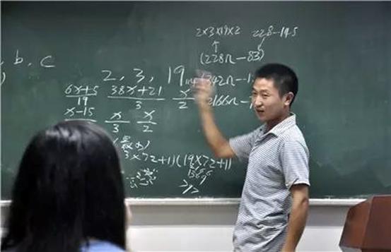 河南打工小伙震惊中外:无师自通破解数学界难题